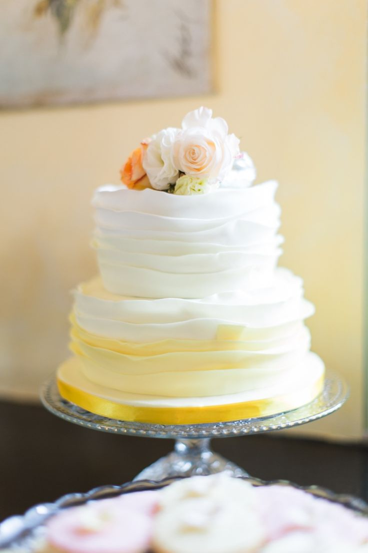 Wedding Cake Wednesday - Ombre Cakes