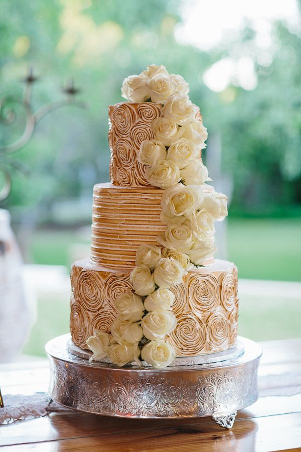 Toasted_ Wedding_Cakes