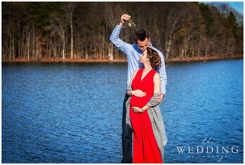 christmas-maternity-photos