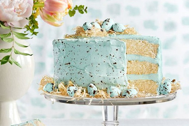 Wedding Cake Wednesday – Speckled Cakes Easter Edition